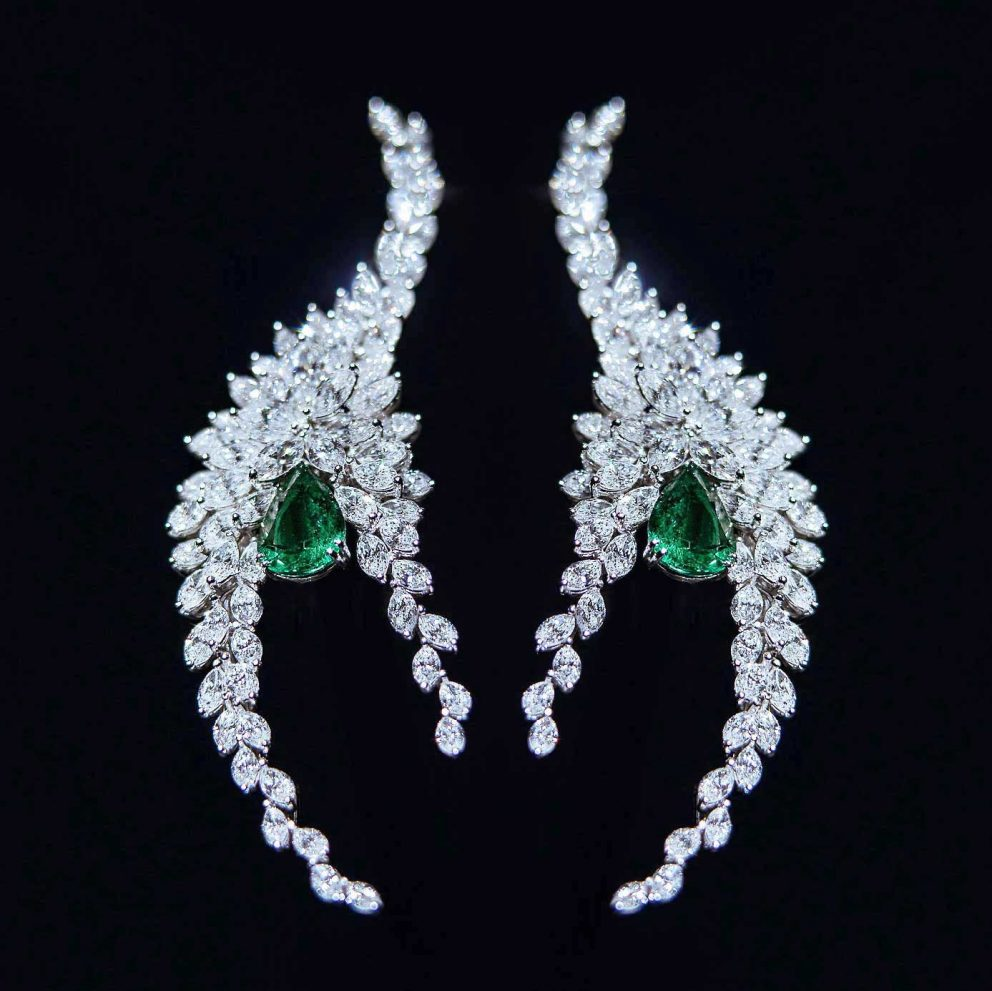 piaget parure orecchino earrings emerald emeraudes smeraldo aute joaillerie alta gioielleria high jewellery diamonds diamanti still life alberto feltrin