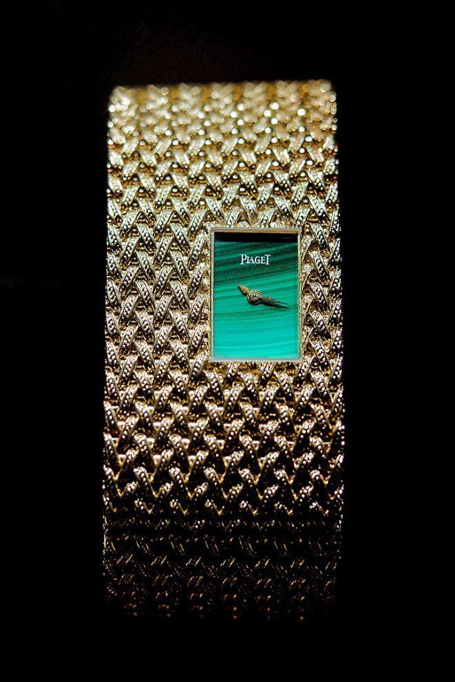 piaget 6N montre manchette or oro gold bracciale bracelet orologio watch malachite still life alberto feltrin