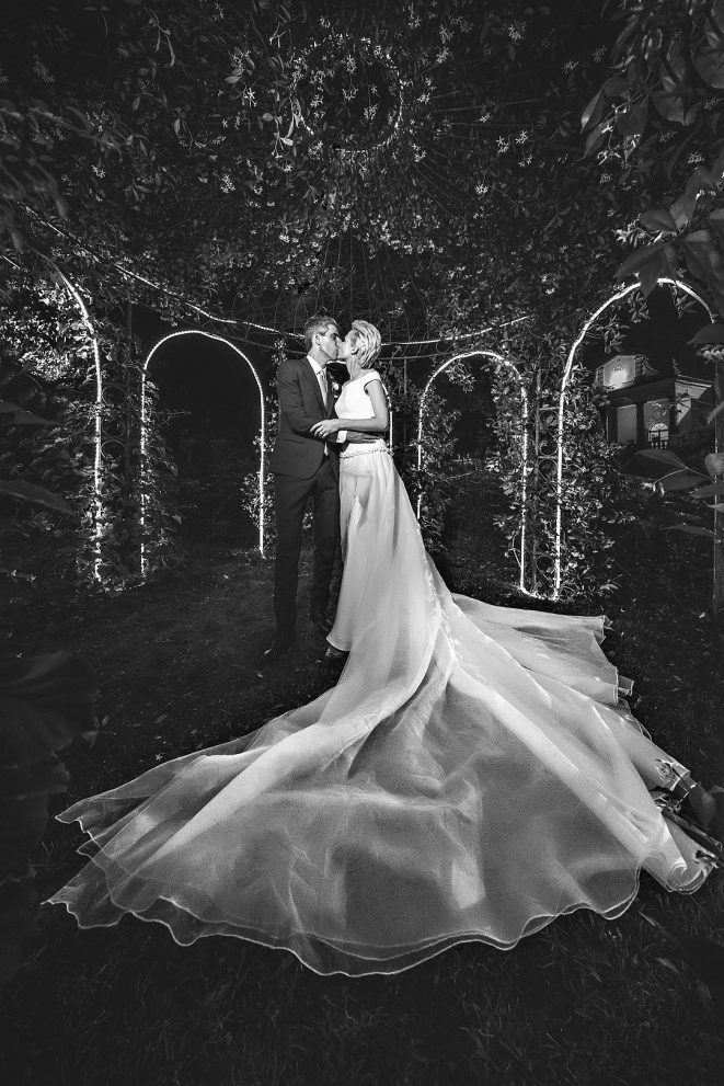 wedding couple portrait groom bride sposo sposa garda lake lago destination matrimonio ritratto alberto feltrin